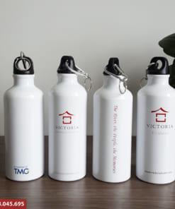 Bình đựng nước nhôm in logo cho khách sạn victoria