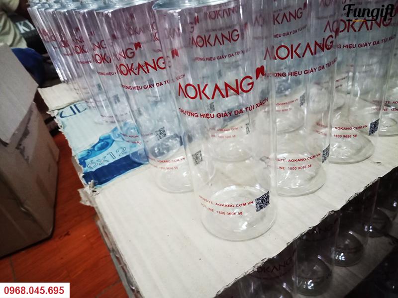 Bình nước nhựa quà tặng
