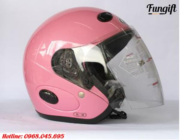 Mũ bảo hiểm quảng cáo