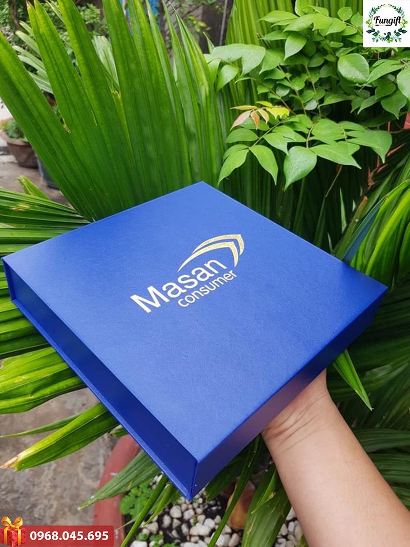 Giftset bộ quà tặng 4in1 usb + pin sạc dự phòng + bút ký kim loại + hộp namecard in khắc logo làm quà tặng khách hàng Vip quảng cáo thương hiệu doanh nghiệp