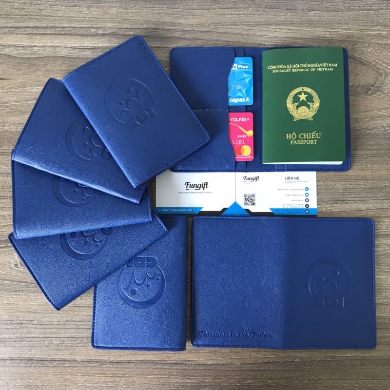 Ví Da Đựng Passport In Logo