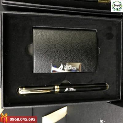 Set quà tặng doanh nghiệp khắc logo