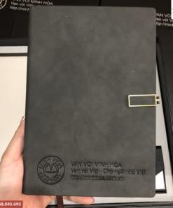 Bộ quà tặng in logo theo yêu cầu