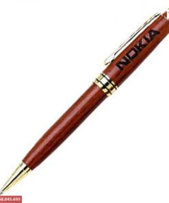 Bút gỗ khắc tên