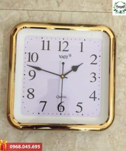 Đồng hồ in logo khung mạ vàng