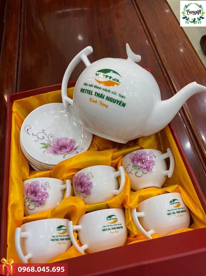 Bộ ấm trà quà tặng