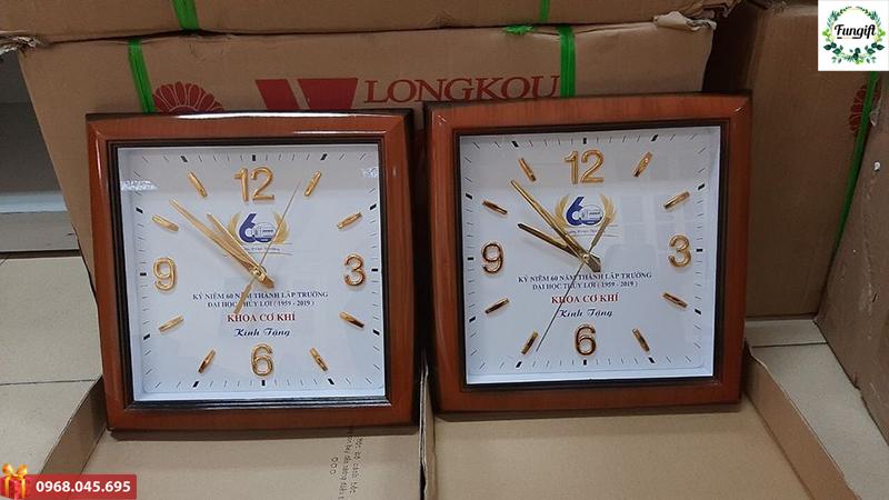 Đồng hồ treo tường in logo giá rẻ