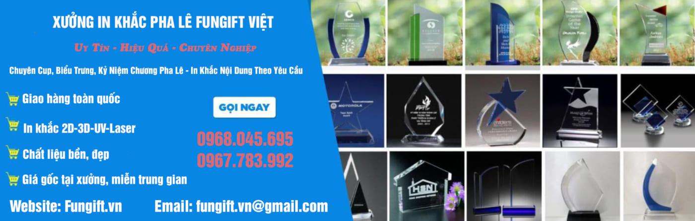 Xưởng in khắc pha lê giá rẻ Hà Nội