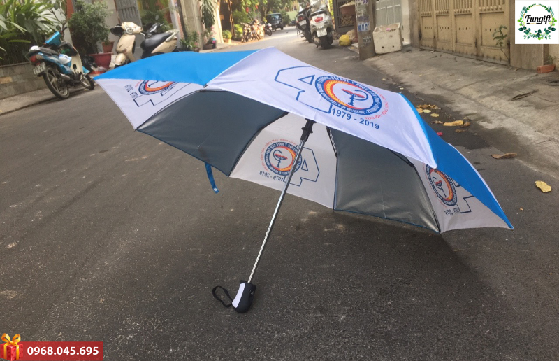 in logo lên ô dù