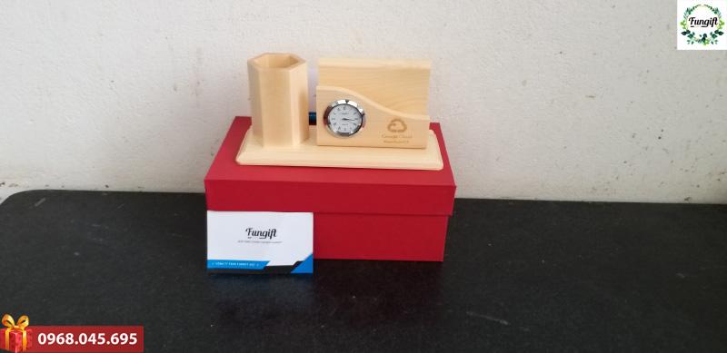 Đồng hồ để bàn quà tặng đẹp