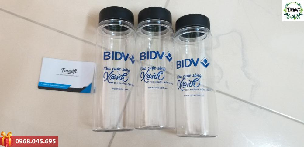 Bình nước nhựa 500ml in logo