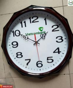 Sản xuất đồng hồ treo tường theo yêu cầu