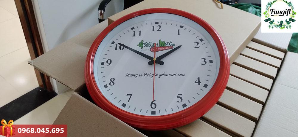 Đồng hồ logo đẹp