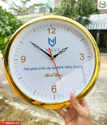 In logo lên đồng hồ