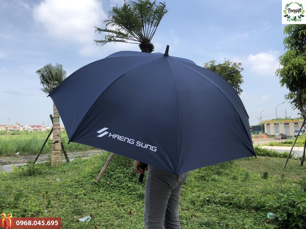 In logo lên ô dù cầm tay theo yêu cầu
