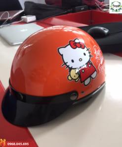 In logo mũ theo yêu cầu