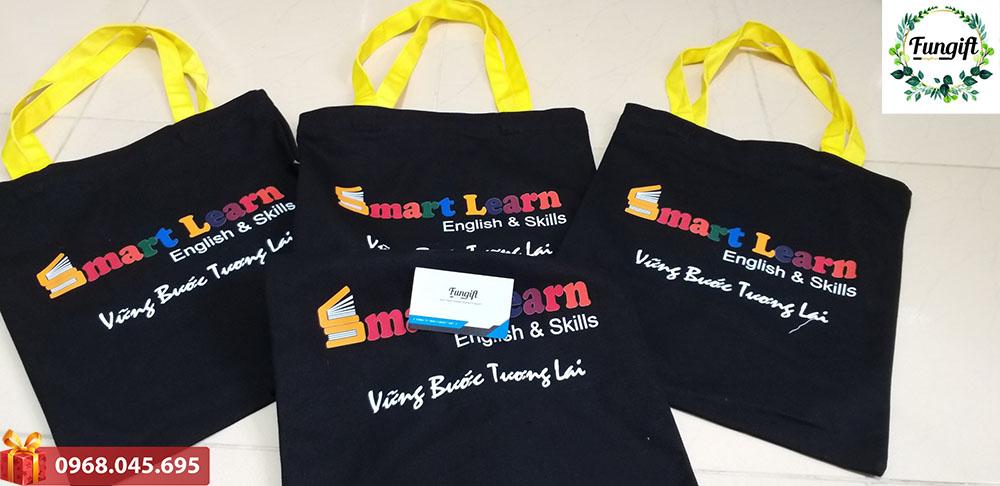 Túi vải in logo Smart Learn