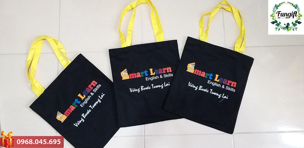 Túi vải quà tặng in logo